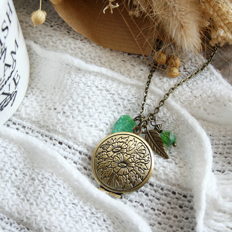 "Collier ""Perce Neige"""